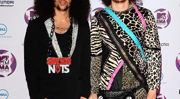 Redfoo of LMFAO had to leave the stage because of fire