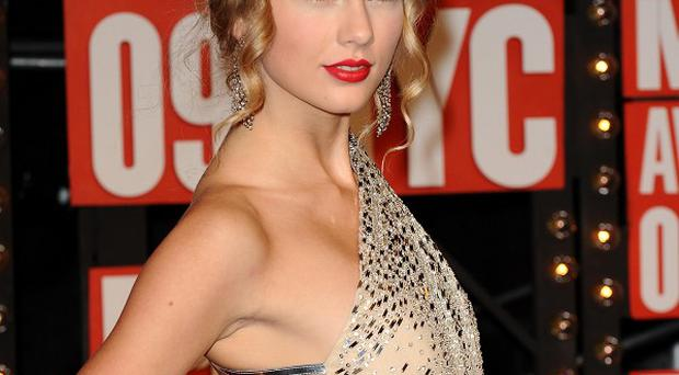 Taylor Swift has reportedly been offered a role in Les Miserables