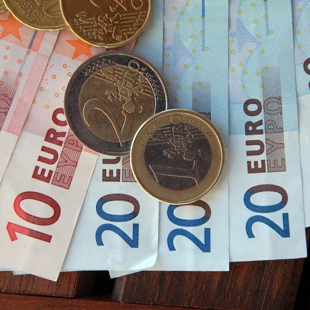 Eurozone countries are continuing the fight to establish tougher budget rules to underpin the currency