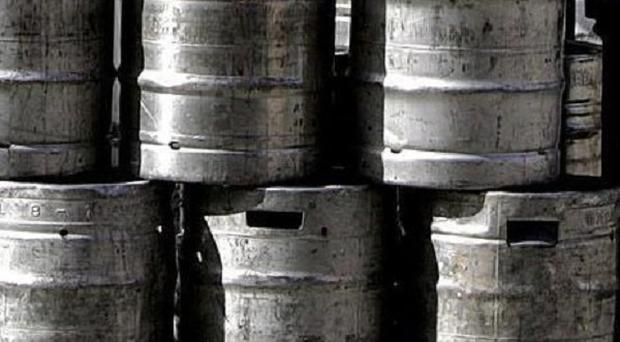 Metal beer barrels are worth between approximately 75 pounds and 165 pounds each