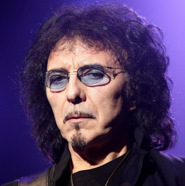 Tony Iommi must undergo treatment for lymphoma