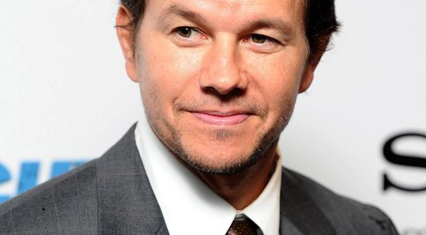 Mark Wahlberg's film Contraband has topped the weekend US box office
