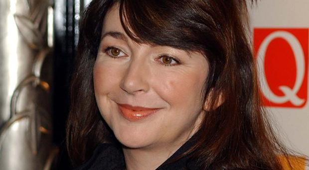 An obsessive fan of the singer Kate Bush flew over from New York and broke into her country home, reports claim