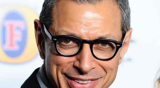 Jeff Goldblum is expected to sing when he appears in Glee