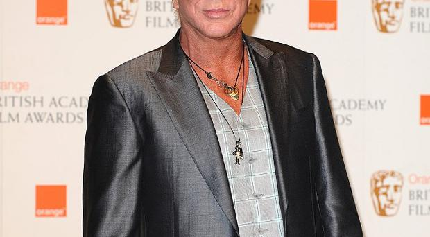 Mickey Rourke will play Gareth Thomas in film about the rugby player
