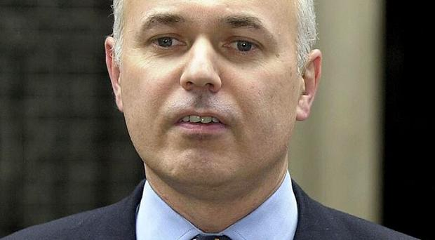 Peers have inflicted another defeat on Iain Duncan Smith welfare reform plans