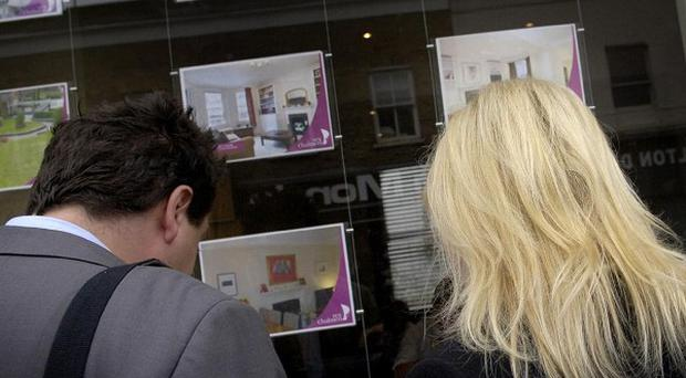 Figures indicated that first-time buyers rushed to sign mortgage deals before the end of the stamp duty holiday