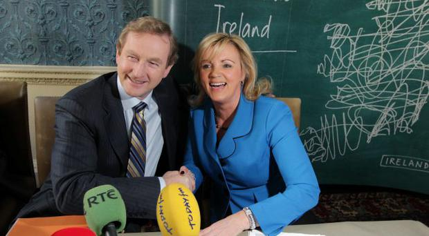 Taoiseach Kenny and Louise Phelan, vice president of global operations for PayPal announce the plans