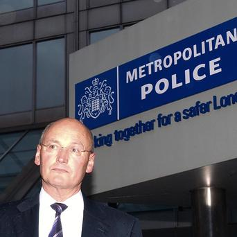 Former Met Police commissioner Sir Paul Stephenson will give evidence to the Leveson Inquiry on Thursday