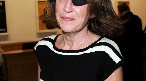 A bid to evacuate two wounded journalists injured in a bombardment in Homs which killed war correspondent Marie Colvin have failed
