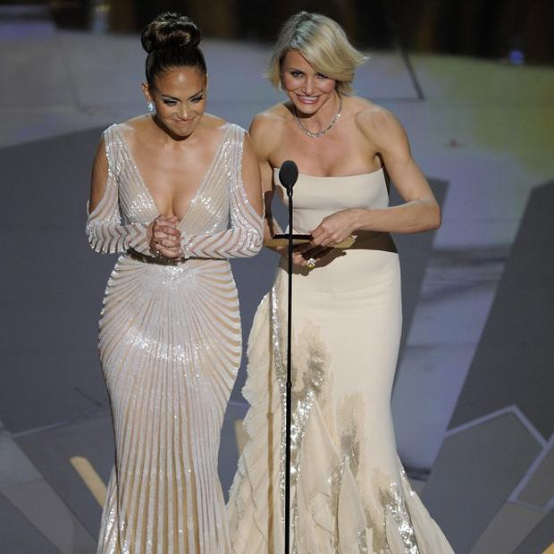 Jennifer Lopez and Cameron Diaz presented two gongs at the Oscars