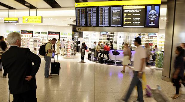 Unions are urging the Government to support the expansion of Heathrow Airport