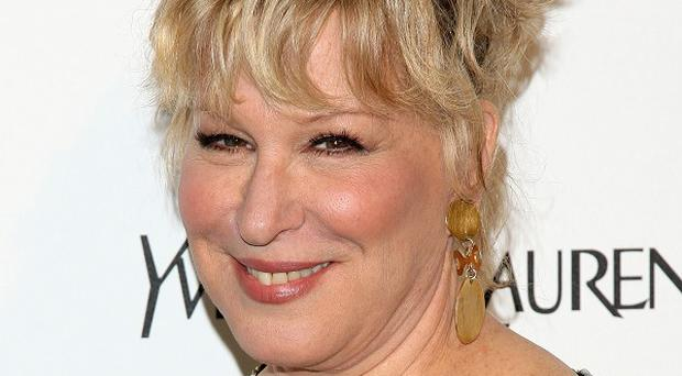 Bette Midler is to receive an honour for her musical talents