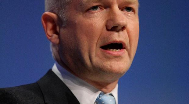 Foreign Secretary William Hague has congratulated the Mauritanian authorities for detaining Gaddafi's intelligence chief Adbullah Al-Senussi