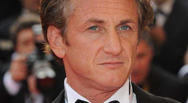 Sean Penn is apparently interested in signing up for Flim-Flam Man