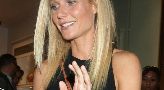 Gwyneth Paltrow has denied having a ghostwriter on her cookery book