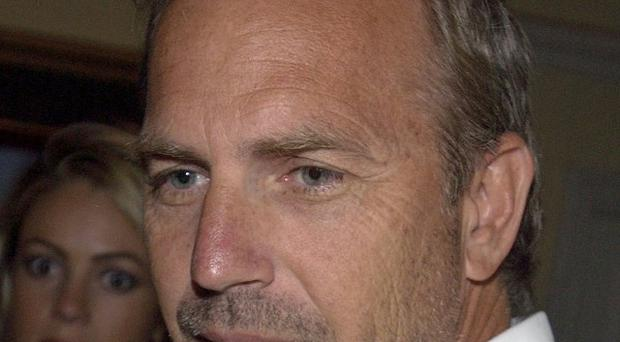 Kevin Costner commissioned a Dances With Wolves inspired sculpture