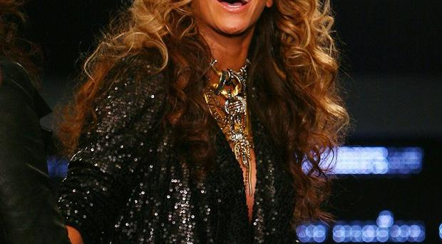Beyonce will perform her first concerts since giving birth in New Jersey in May