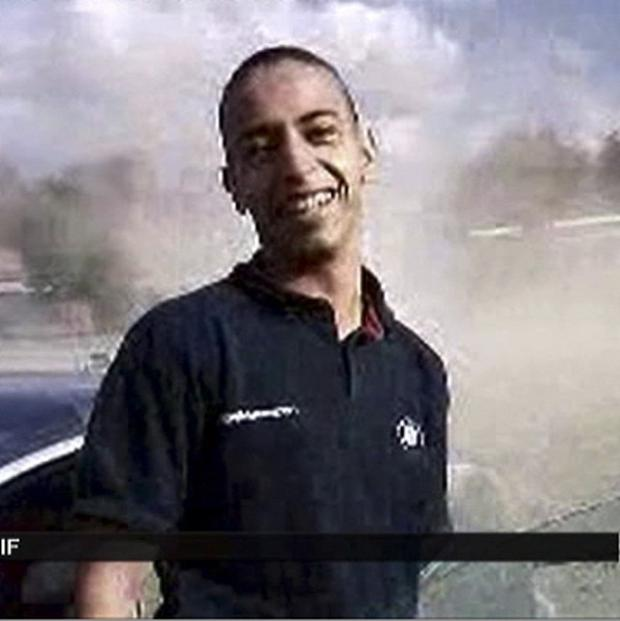 Mohammad Merah is suspected of killing three paratroopers, three children and a rabbi (France 2)