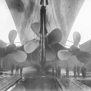 Titanic, built by Harland and Wolff, was driven by two gigantic wing propellers measuring over 23 feet in diameter and a center propeller spanning more than 16 feet.