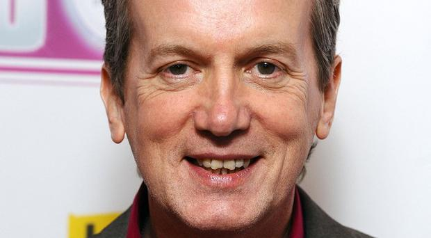 Frank Skinner completed a length of a swimming pool for Sport Relief