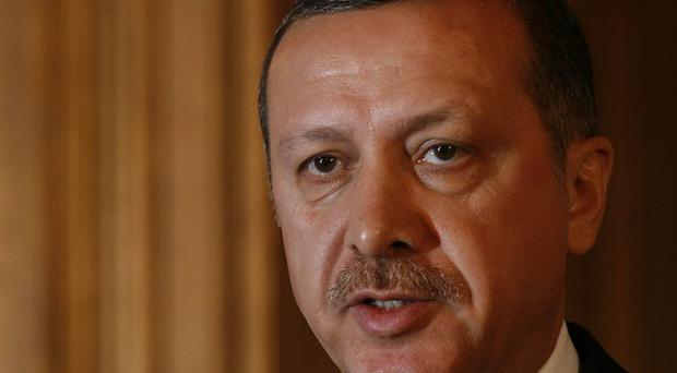 Turkey's prime minister Recep Tayyip Erdogan has discussed the situation in Syria with US President Barack Obama