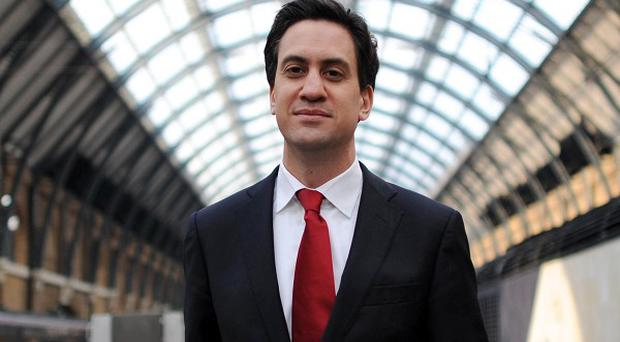 Labour leader Ed Miliband says he will publish a list of meetings with major party donors