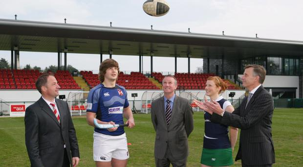 Former Ulster rugby captain David Humphreys, Iain Henderson, Queen's Rugby, Northern Ireland football manager, Michael O'Neill , Hannah McMillan Queen's Hockey and Queen's Vice-Chancellor Prof Sir Peter Gregson mark the opening of the new Queen's sports complex