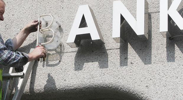 The head of the former Anglo-Irish Bank was paid 866,000 euro last year