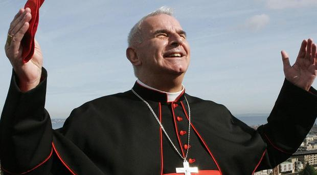 Cardinal Keith O'Brien is to call on Christians to wear a cross on their clothes every day when he speaks at Edinburgh's St Mary's Cathedral