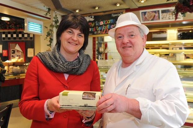 County Londonderry bakery Ditty's is celebrating its second export deal in under six months. Three of its products will be sold through the catalogues of US gourmet food retailer Dean & DeLuca. Enterprise minister Arlene Foster joined managing director Robert Ditty at his Castledawson shop to welcome the news.