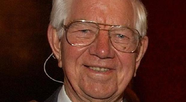 The UK's first deaf MP, Lord Ashley of Stoke, has died aged 89