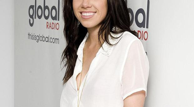 Carly Rae Jepson earned a third week at the top of the singles chart with Call Me Maybe