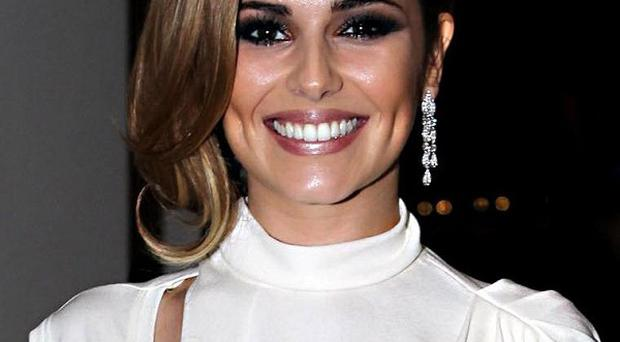 Cheryl Cole has reportedly signed a deal to tell all in her autobiography
