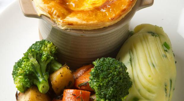 Slow-braised cloughbane steak & ale pie with mushrooms and shallots