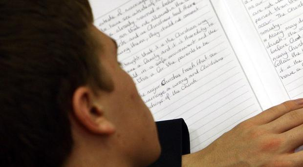 A survey has raised concerns about the number of pupils turning up in class without clean clothes or suffering from malnutrition