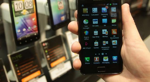 Samsung's Galaxy smartphone outsold Apple iPhones in the first quarter of 2012