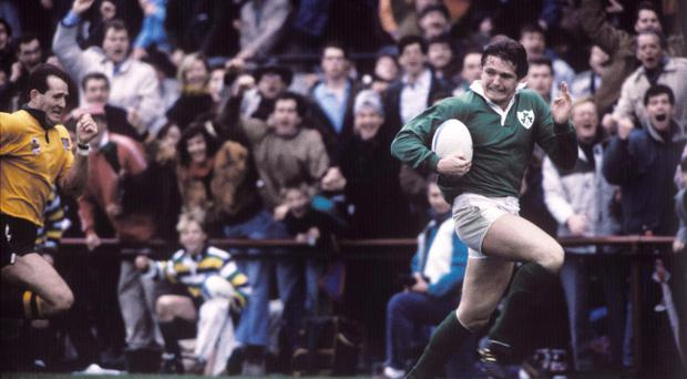 Gordon Hamilton scoring his famous try against Australia