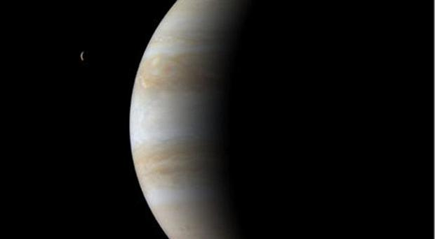 British scientists are joining a mission to investigate the moons of Jupiter