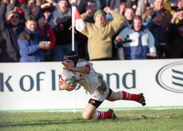 David Humphreys of Ulster scores a try. European Cup Semi-Final 9/1/1999; Ulster v Stade Francais