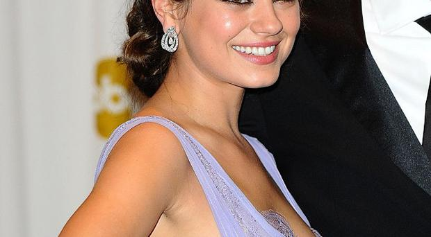 Mila Kunis came to the rescue of a man working on her home, according to reports