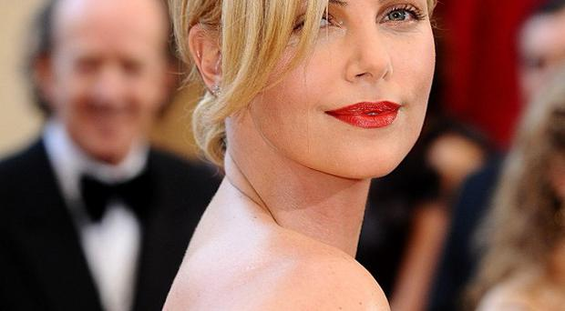 Charlize Theron will present a gong at the 2012 MTV Movie Awards
