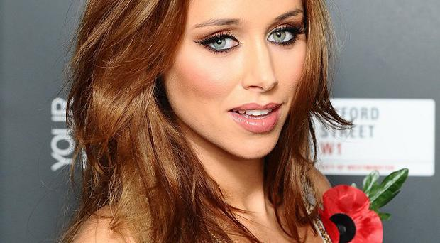 Una Healy is having a joint hen party with bandmate Rochelle Wiseman