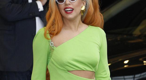 lady gaga shows off kermit dress belfasttelegraphcouk