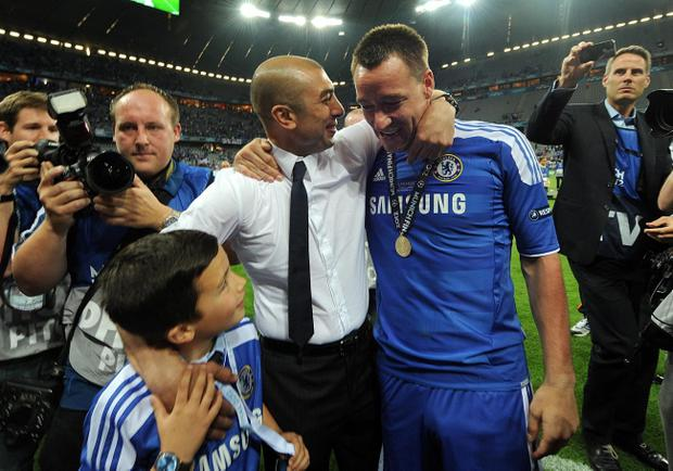 Chelsea caretaker manager Roberto Di Matteo celebrates with John Terry