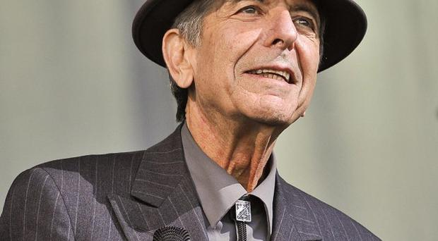 Leonard Cohen has been persuaded to go back on tour