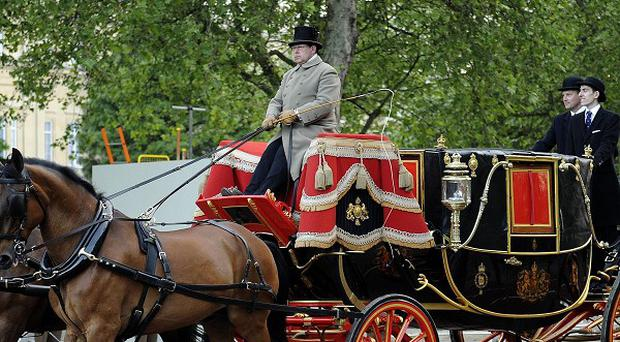 The roayl carriages joined 2000 armed forces personnel to rehearse the State Procession for the Queen's Diamond Jubilee
