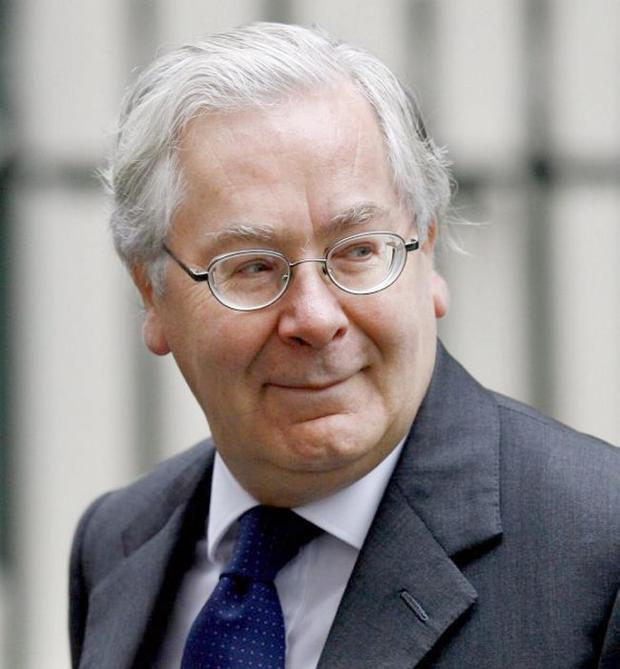 Sir Mervyn King is in favour of more Quantitative Easing