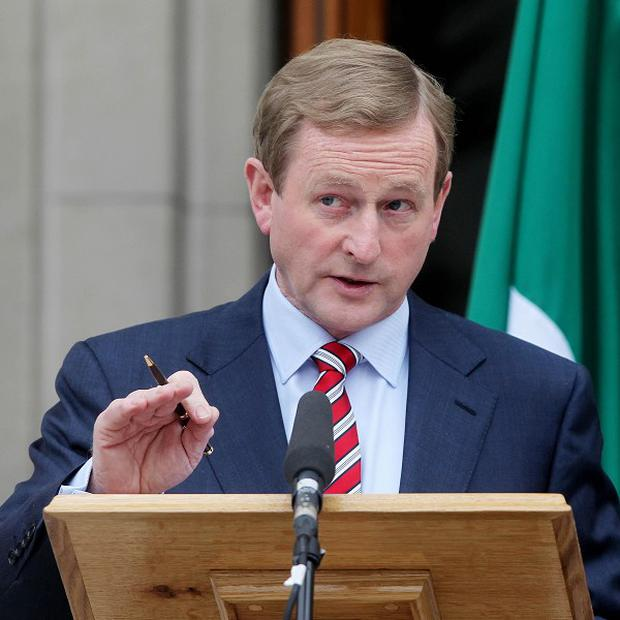 Enda Kenny says the Government is aiming for the end of the year to finalise agreement with the EU over its bank debts