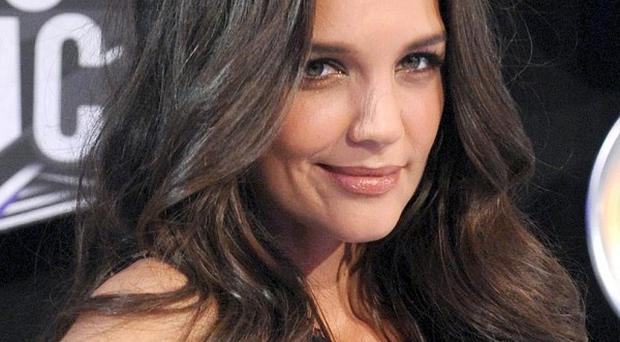 Katie Holmes is to star on Broadway in the comedy Dead Accounts